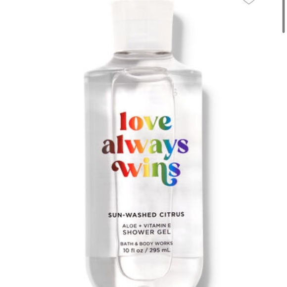NEW shower gel from Bath and Body Works
